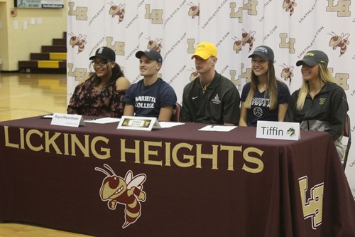 LHHS students signing NLI